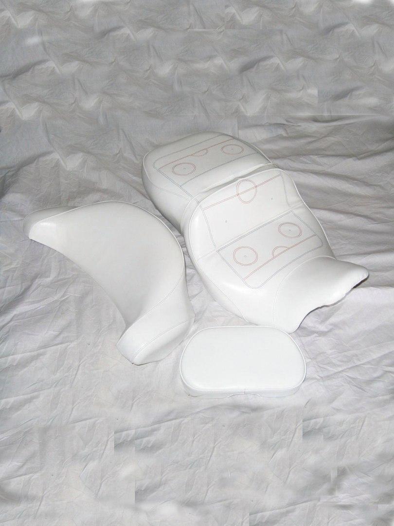 8) Комплект сидений и спинок